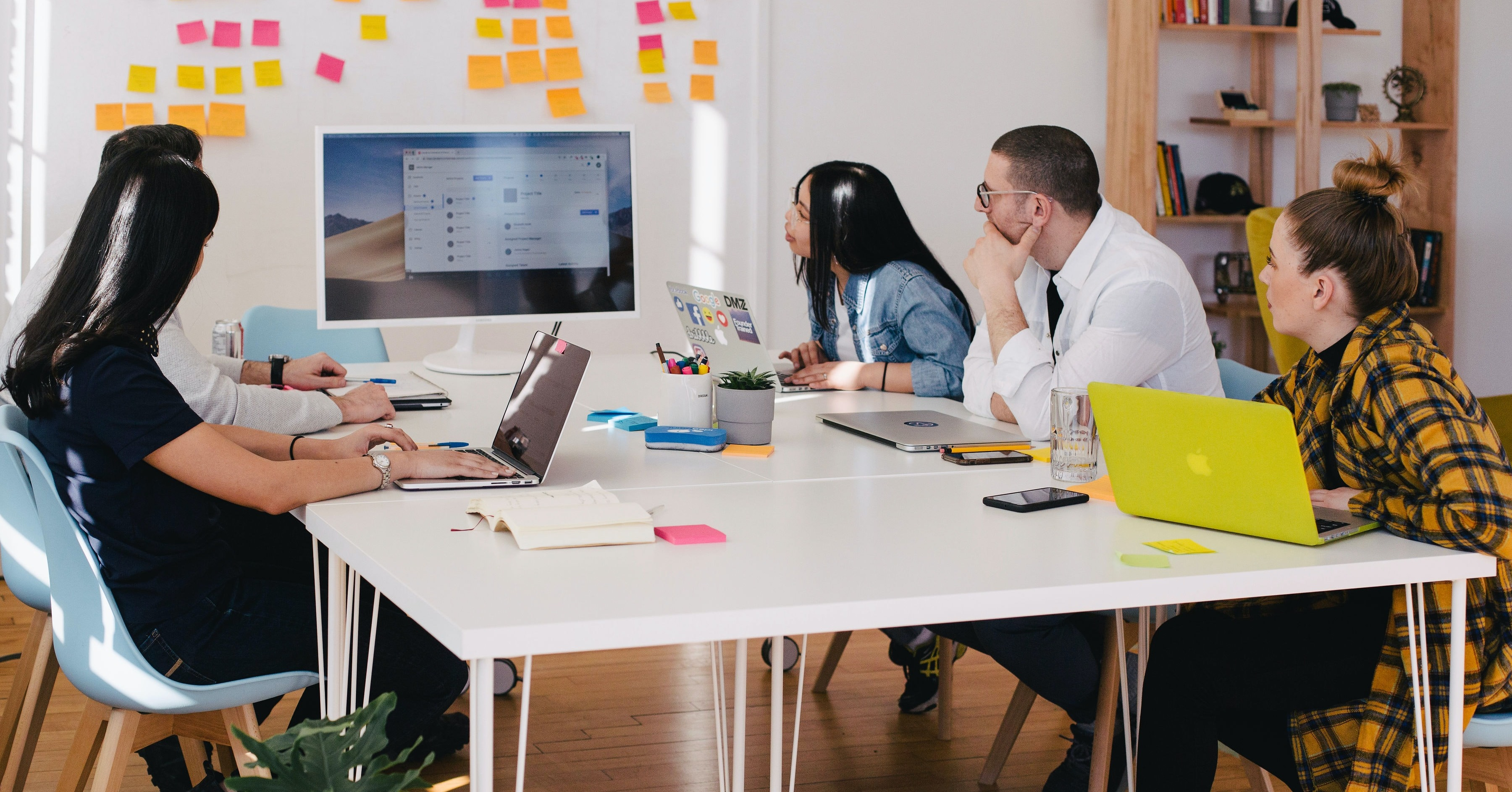 How to Develop an Effective Internal Communication Strategy